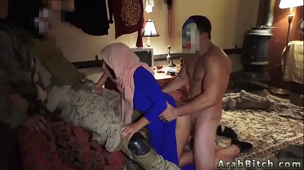 Hotel, Arab girls