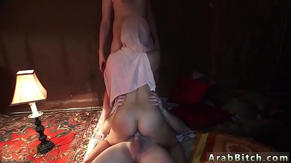 Arab girls, Service, Local