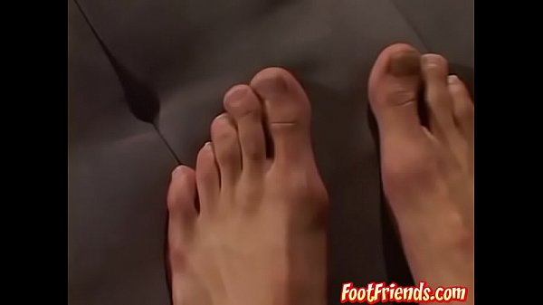 Wank, Big feet