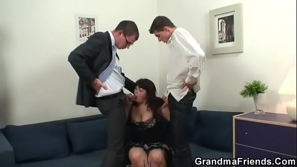 Mature threesome, Big woman