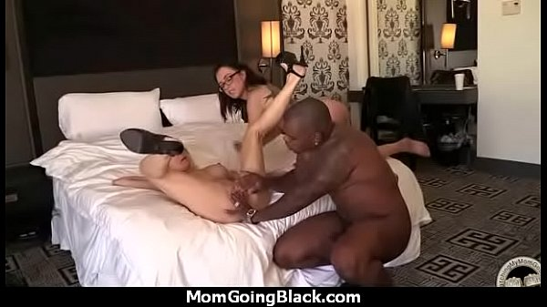 Mom big tits, Big tit mom